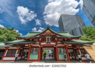 Tokyo - August 14, 2018 : Gongen-Zukuri style Mikado entrance gate of Hie Jinja. Shinto shrine located in Nagatacho district, Chiyoda ward. Enshrines Hie-no-kami and Oyamakui-no-kami deities