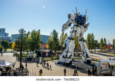 Tokyo Japan 25 November 2017 Unicorn Gundam  RX-0 at Diver city Tokyo plaza is landmark of Odaiba