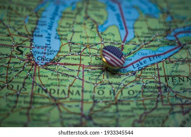 Toledo, Ohio pinned on a map with USA flag