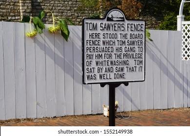 Tom Sawyer's Fence, Hannibal, MO, USA 09/13/19
