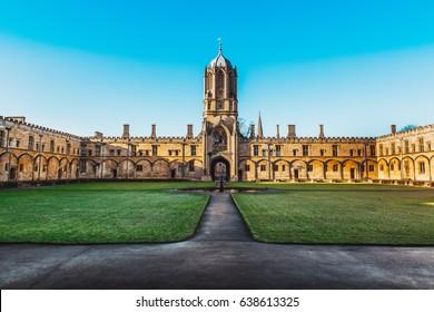 Tom Tower of Christ Church, Oxford University, Oxford UK