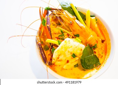 tom yum soup with jumbo fresh water shrimp