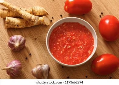 tomato, garlic and horseradish sauce