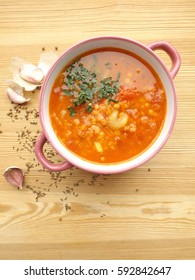 Tomato soup with lentils