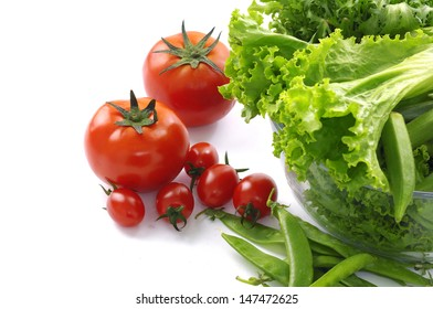 Tomatoes with lettuce and green beans