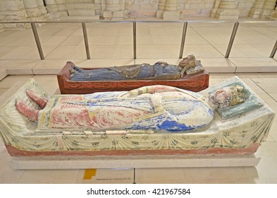 The tomb of King Richard the Lionheart of England in Fontevraud Abbey next to Queen Isabella of England