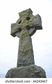 Tomb stone cross