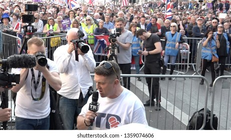 Tommy Robinson speaks to the crowd that gathered to protest for the implementation of Brexit. Whitehall, London, UK, 29/03/19