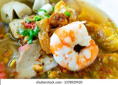 Tomyam Noodles with seafood