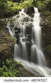 Ton Sai Wasserfall in National Park Khao phra thaeo, Phuket, Thailand, Asia