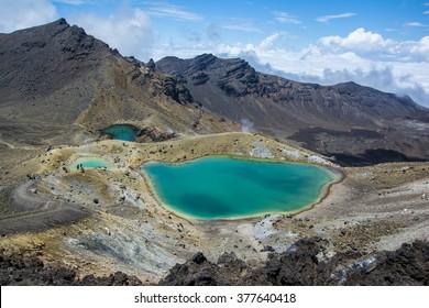 Tongariro Alpine Crossing - Emerald Lakes in New Zealand