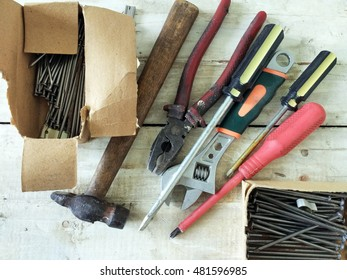 Tools with hobnails