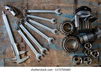 tools, vernier calliper and olds auto part