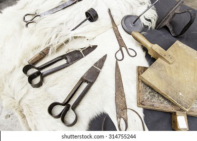 Tools for wool, detail of objects to look wool