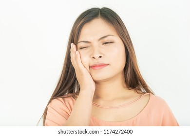 Toothache and root canal problems Swollen gums and pain