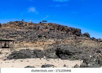 The top of the cliff at the Natural Pool as seen from the beach