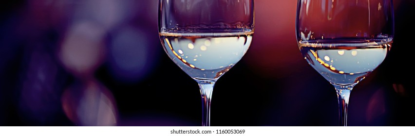 top concept alcohol, wine glass / glass of wine narrow long horizontal background, beautiful glass of wine