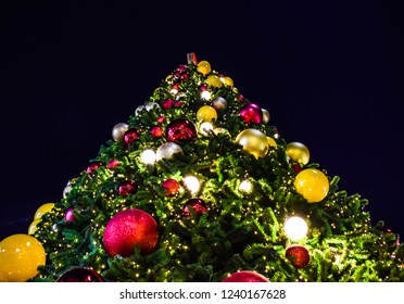 Giant Christmas Ornaments Images Stock Photos Vectors Shutterstock