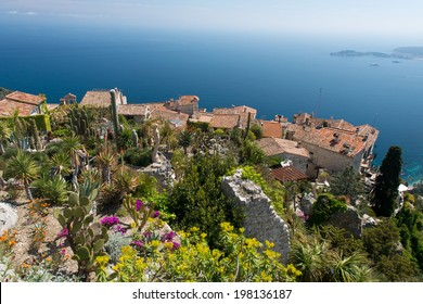 At the top of a hill, direct on the sea, the village of Eze is one of the picturesques spot of the French Riviera