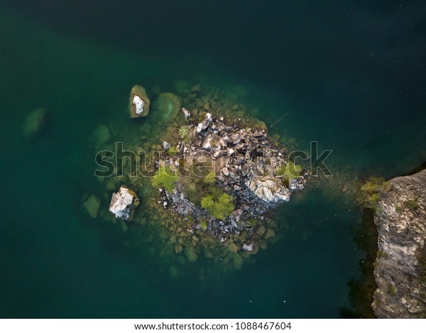 Top island aerial