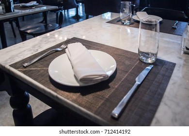 top table in restaurants