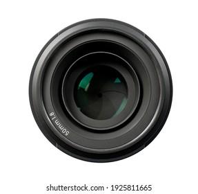 Draufsicht eines professionellen 50-mm-Objektivs für moderne DSLR-Kameras einzeln auf weißem Hintergrund. Bild in hoher Auflösung.