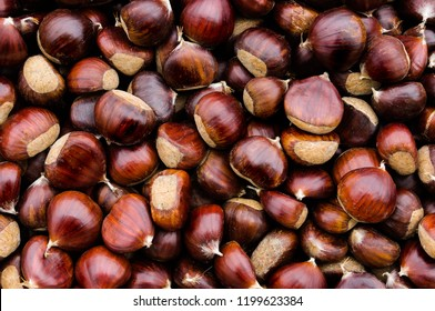 Top view of chestnuts;
