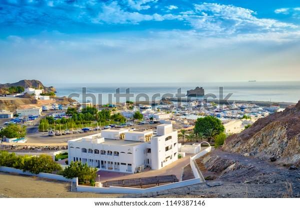 top-view-oman-seascape-blue-600w-1149387