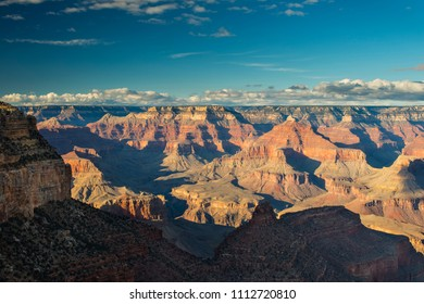 Top view of south rim from Hopi Point, Grand Canyon National Park, Arizona, USA