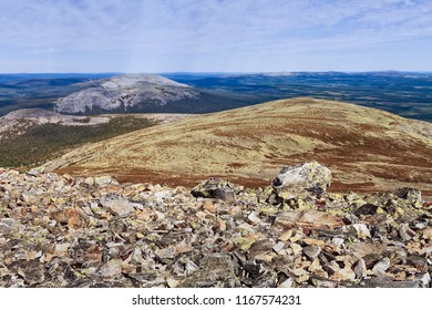 The top of the Yllas fjell in the Finnish Lapland is full of gravel and boulders. The nature is very harsh but the view is beautiful.