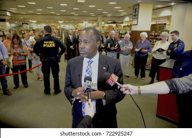 Topeka Kansas USA, 23rd October, 2015Presidential candidate Dr. Ben Carson as he responds to questions during a  press conference at the Barnes and Nobel bookstore during his book tour.