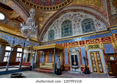 Topkapi palace : September 12,2018 - a stunning interior in Imperial Hall with the throne of the sultan in Harem of Topkapi palace,  Istanbul,  Turkey.