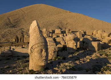 Toppled heads of the gods on East terrace at the top of Nemrut dagi in Turkey. The UNESCO World Heritage Site at Mount Nemrut where King Antiochus is reputedly entombed.