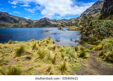 Lago Toreadora en el Parque Nacional de Cajas, Ecuador