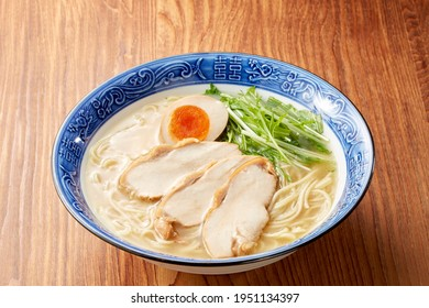 Tori- PaiTan- Japanese Ramen noodles(Ramen noodles made with chicken broth simmered for a long time until it becomes cloudy.)