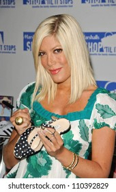 Tori Spelling at the  Sojourn Shelter Services 30th Anniversary Gala. Loews Santa Monica Beach, Santa Monica, CA. 10-13-07