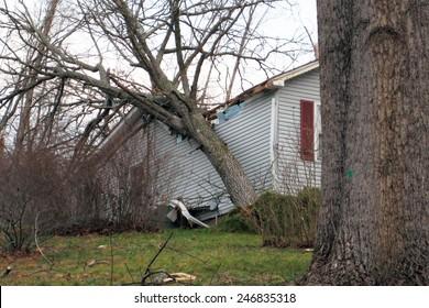 Tornado damage to a home
