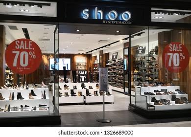 Steve Madden Images Stock Photos Vectors Shutterstock