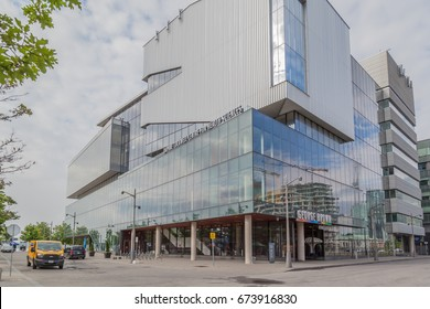 George Brown College Images Stock Photos Vectors Shutterstock