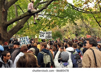 TORONTO, CANADA – OCT 15:  Over 2000 demonstrators gathered at Saint James Park in downtown Toronto, for the Toronto version of Occupy Wall Street, Oct. 15 2011.