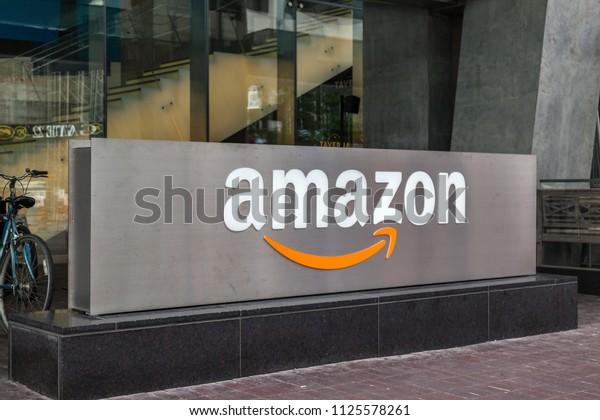 Toronto Canadajuly 02 2018 Amazon Sign Stock Photo Edit Now