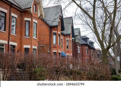 TORONTO, ONTARIO, CANADA - JANUARY 14, 2021: HOUSES IN DOWNTOWN ANNEX NEIGHBOURHOOD.