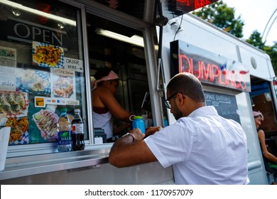 Food Truck In Canada Stock Photos, Images & Photography