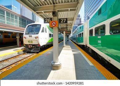 Imágenes, fotos de stock y vectores sobre Rail Train Canada