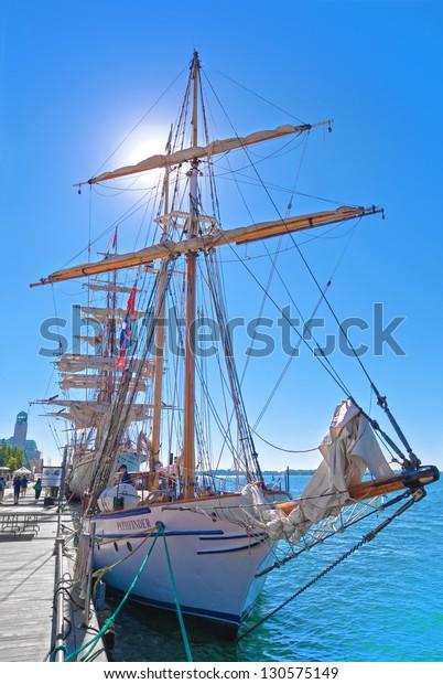 toronto-ontario-july-3-ship-600w-1305751