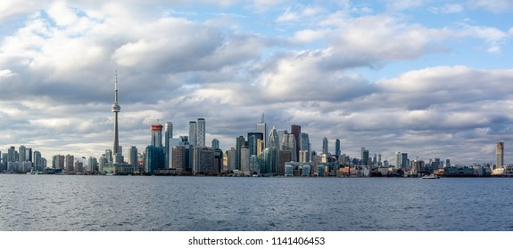 Toronto panoramic view from Toronto Islands