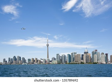 Toronto skyline in the summer time