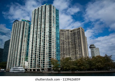 Toronto waterfront district condominiums