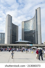 TORONTO,CANADA-AUGUST 23,2014: Toronto City Hall is one of Toronto's best known landmarks.Its stunning, modernist structure makes it an ideal symbol of a dynamic and growing city.