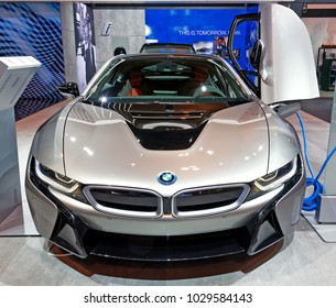TORONTO-FEBRUARY 15: at the 2018 Canadian International AutoShow, BMW i8 Roadster droptop hybrid supercar powered by a 1.5-litre 3-cyl engine, electric motor and 9.4KW battery.